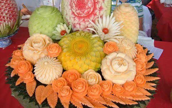 украшение стола цветами из овощей